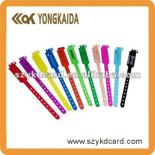2014 hot sale rfid silicone wrist band with favorable price