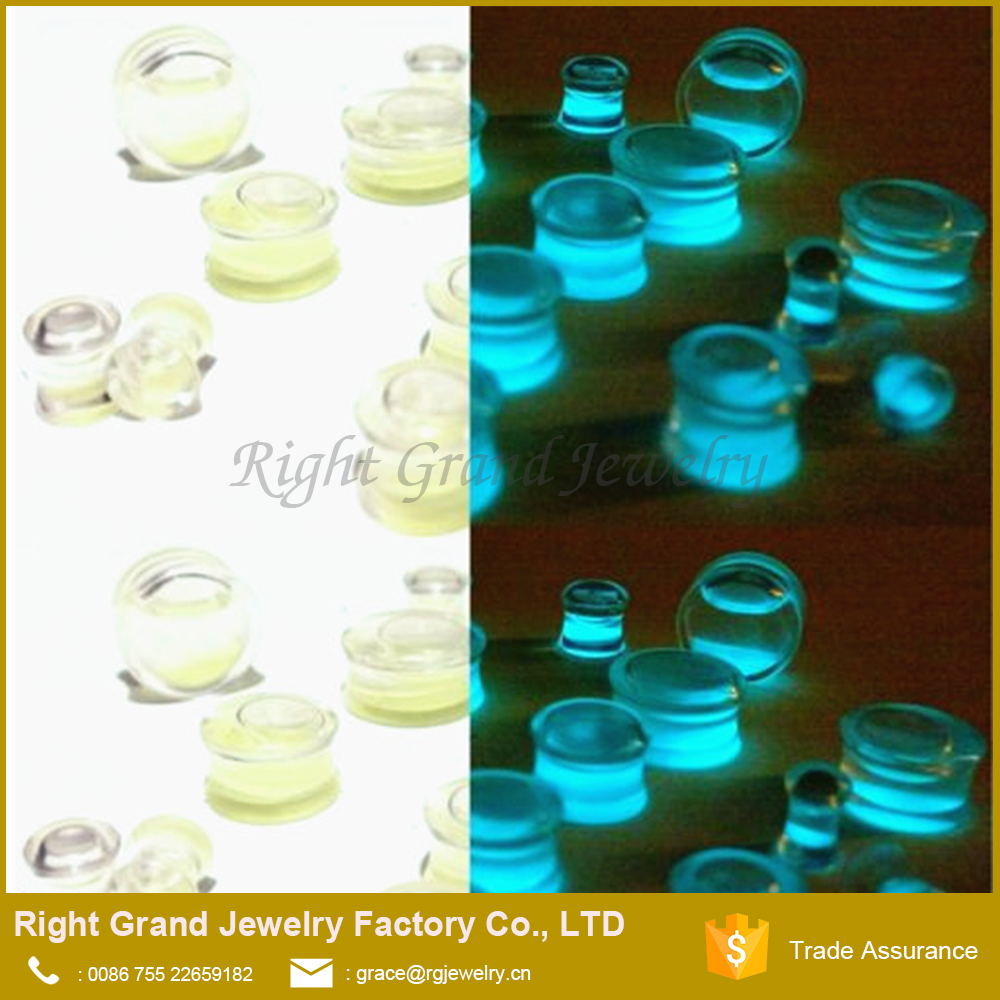 New Acrylic Glow In Dark Green Liquid Sand Ear Plugs Flesh Tunnel Gauge Piercing Body Jewelry