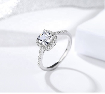 Hot selling 925 Sterling silver ring with diamond cubic zirconia for gift for party