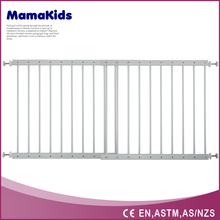 baby safety gate indoor security gates to easy adjusting