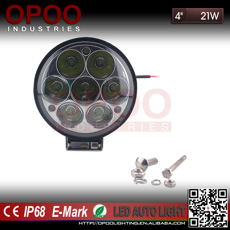 Wholesale 10-30V 6000K 4X4 Truck Tractor 12V 21W Led Work Light