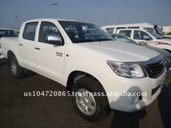 BASIC Option Toyota Hilux 2.7 Double Cabin 4WD 4X4 Petrol Hilux 2015