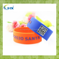 Famous cute logo embossed with color fun loom rubber band
