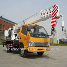 double hook robotic lifting machine on truck