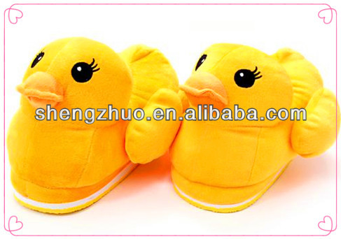 2013 new design lovely plush duck slippers