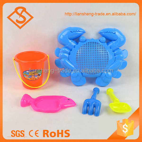 Hot sale summer unique large crab shaped beach tool set outdoor plastic toys for kids