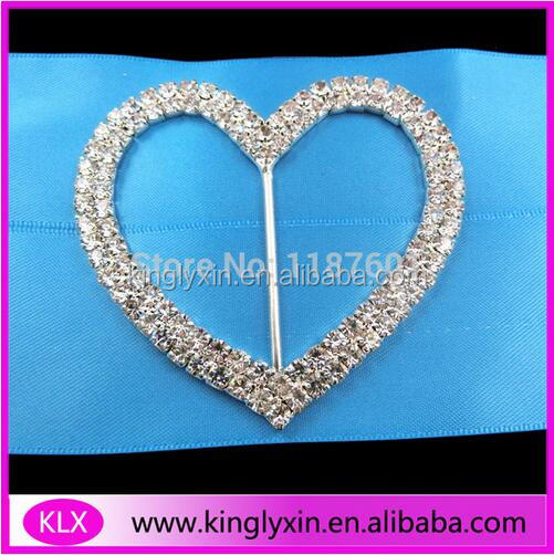 Wholesale shiny clear crystal rhinestone heart slide <strong>buckles</strong> for wedding chair cover sash/dress belts