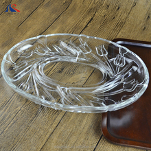 Oval Shape Tulip Engraved Clear Glass Plate with Flower Design