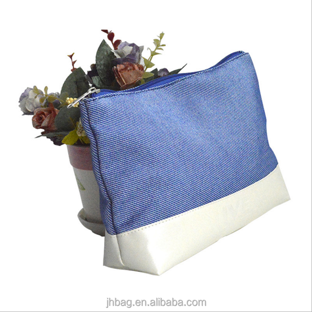 2018 Hot Sell Wholesale White PU and light blue jean makeup cosmetic bag for change and small Things organizer
