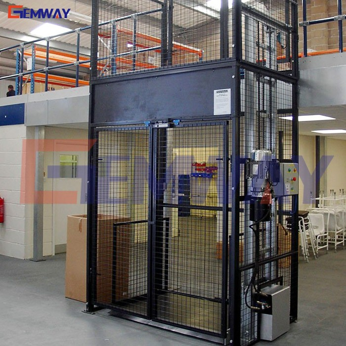 Good warehouse hydraulic electric cargo lift with safety fence