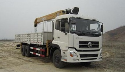 Dongfeng Crane Truck, Truck mounted with crane, with 8T capacity