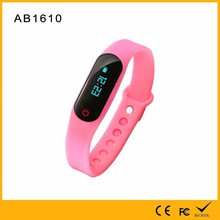 2016 Latest Android/iOS Phone Watch Bluetooth 4.0 Heart Rate and Sleep Monitoring Sports Band TPU Bracelet Smart Wristband