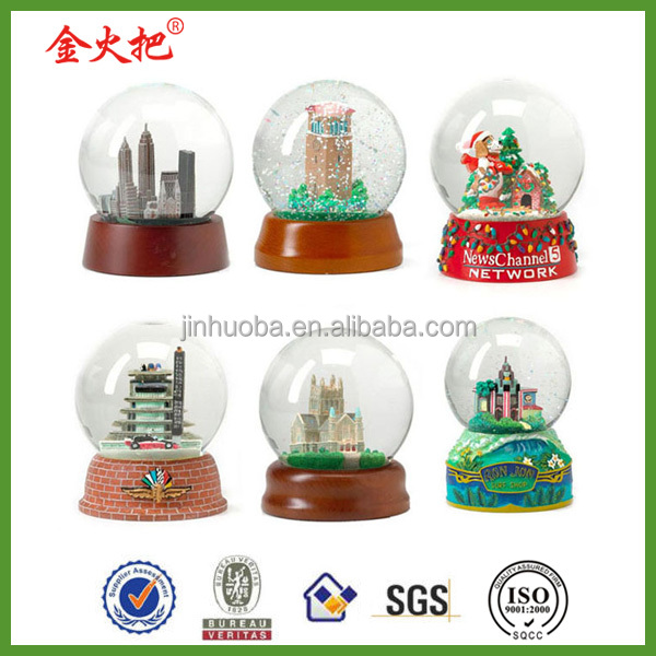 Customized Singapore snow globe souvenir