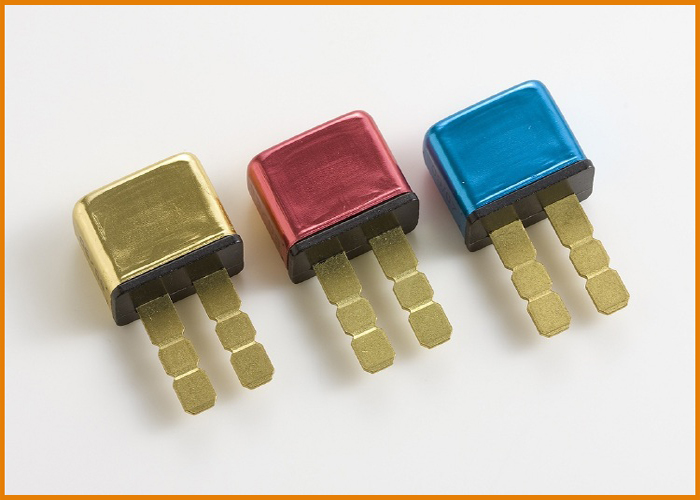 Auto Reset Type 12Volt Short Stop Brand Thermal Circuit Breakers For Automotive