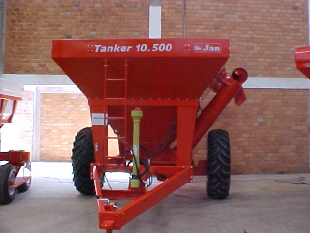 Wagon Auger