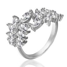 Modern style leaf shape open mouth christmas gifts wedding engagement rings
