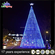 2017 Artificial LED Giant Lighting Christmas Tree