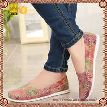 2015 de la moda <span class=keywords><strong>china</strong></span> tradicional figura mujeres zapatos en suave canvas shoes