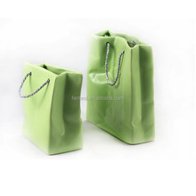 New design hot sale shipping bag shape ceramic vase