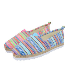 China New Model Cheap Canvas Shoes,Wholesale Canvas Shoes National Ethnic Fusion Women Flat Ballerinas