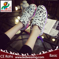 chaussure led MEN rubber outsole material and women gender adults led shoes