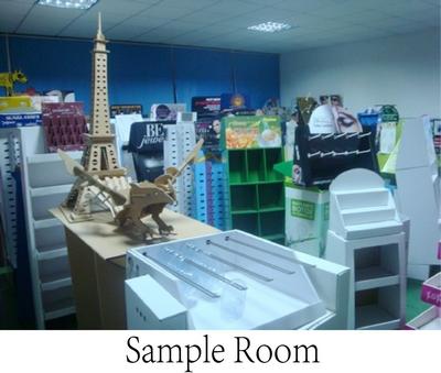 Cardboard Floor Display Shelf Display Stand For Bathroom Accessories