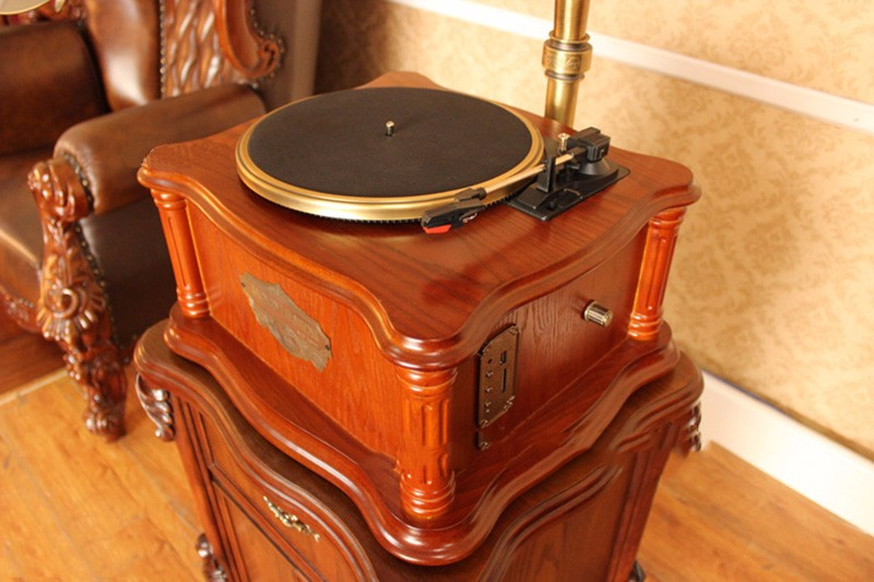 Fanmusic F168 vinyl record player CD turntables Continental Bluetooth Version Retro antique and vintage big horn gramophone