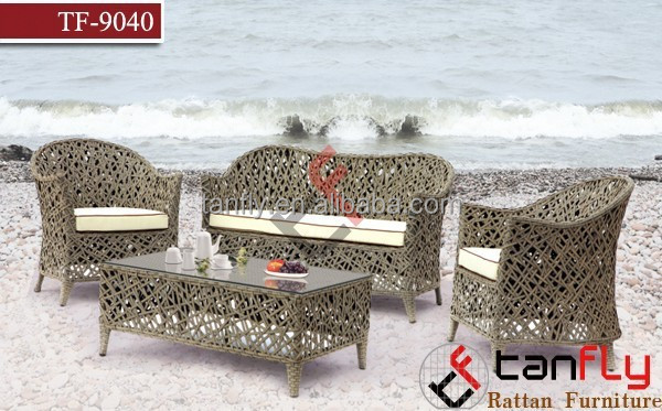 Mission Hills Collection: 4 pcs Outdoor Wicker Rattan Furniture Set