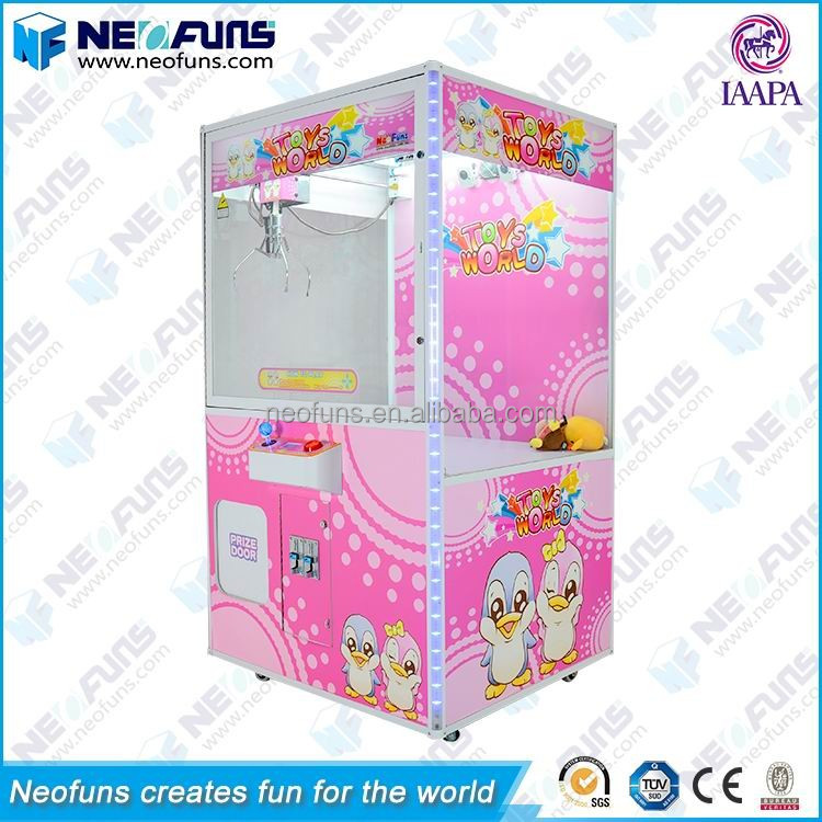 IAAPA Member 44'' Doll Grabbing Game Big Crane Claw Machine For Various Toys
