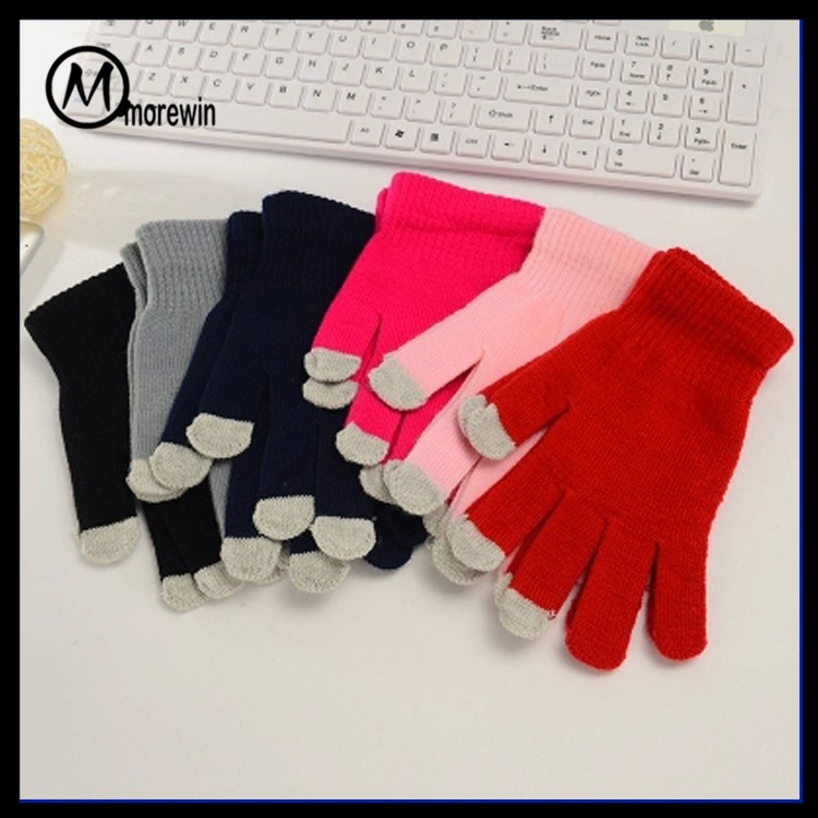 Morewin brand custom unisex smart fingers touch pad gloves wholesale cheap 3 fingers texting gloves