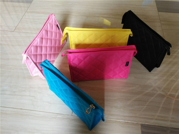 Hot sales custom travel makeup bag blank wholesale colorful quilted cosmetic bag_13.jpg