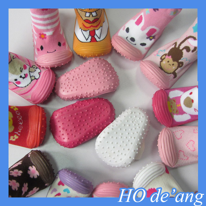 HOGIFT wholesale 2015 hot sell new style baby skidders sock shoes/ soft rubber sole baby shoe sock/Floor socks