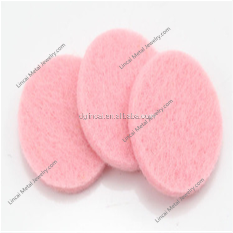 Pink color fiber pads for aromatherapy essential oils diffuser locket