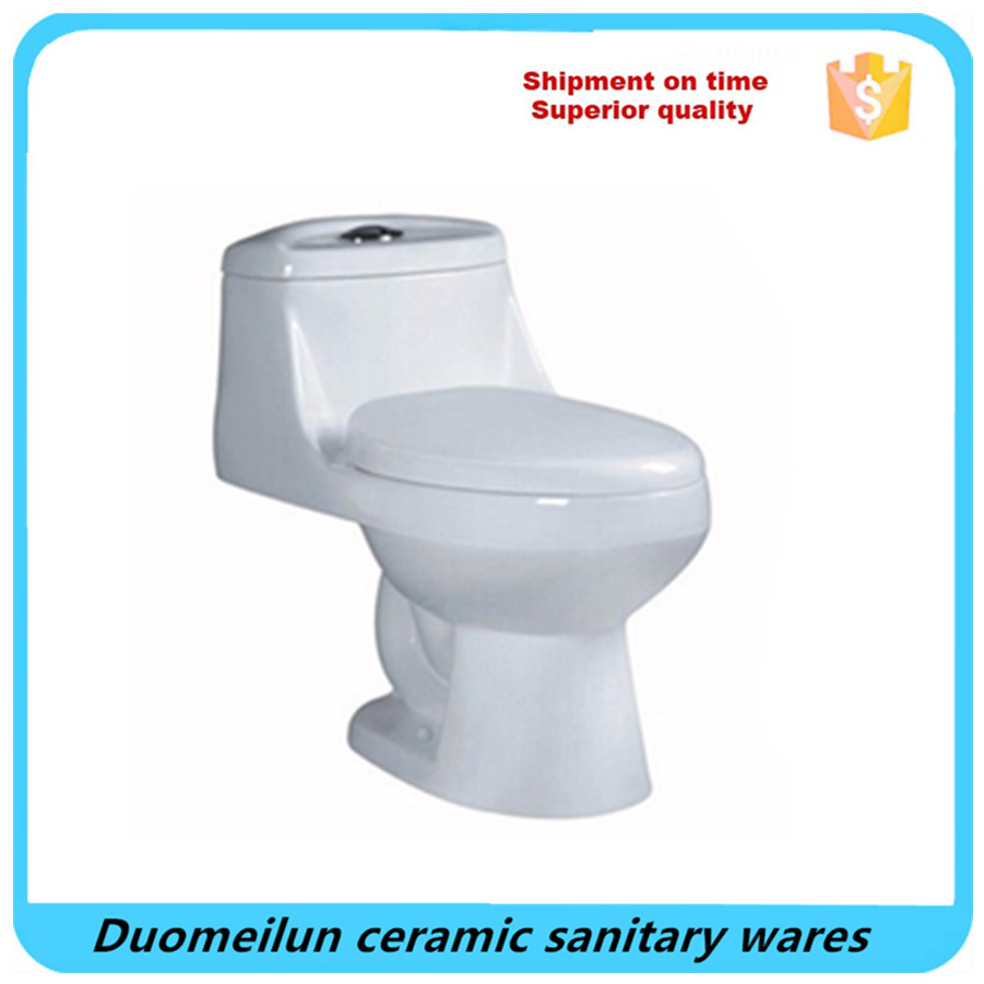 Italian one piece types of water closet wc with toilet seat scale