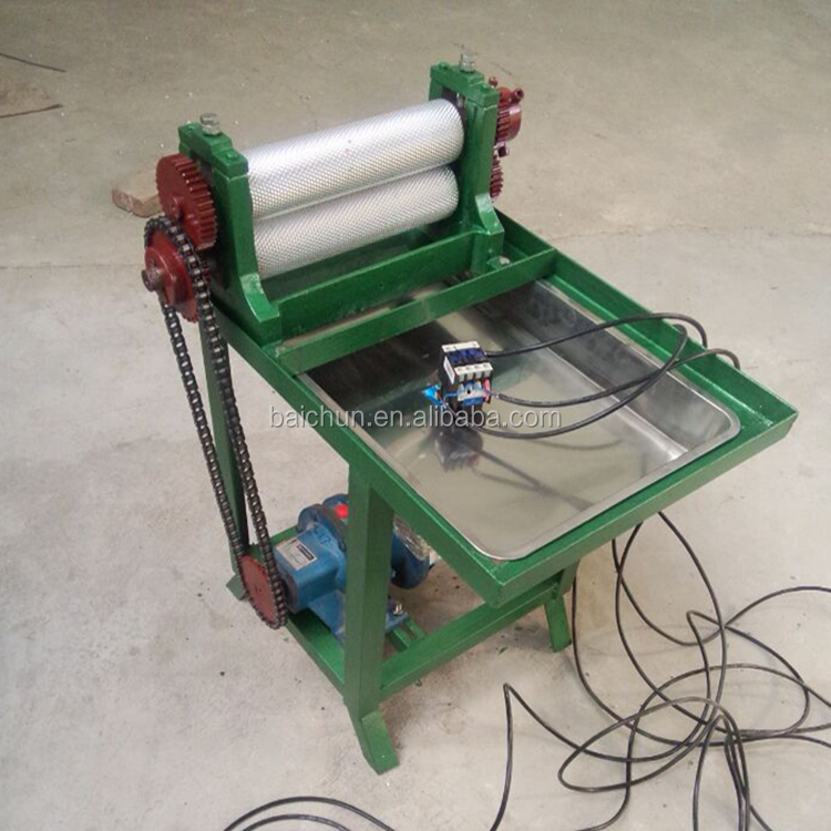 With Aluminum Alloy Beeswax Roller Electric Full Automatic Beeswax Foundation Machine From China Beekeeping Manufacturers