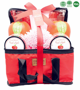 7PCS skin care product gift set for Christmas in Insulation Bag