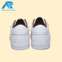 latest design cheap five toe rubber sole shoes for kids children