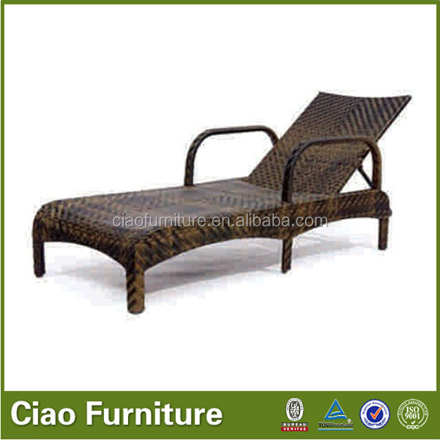 Outdoor poolside plastic rattan chaise lounge beach chair