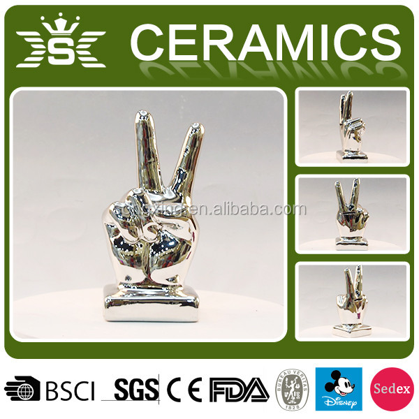 2017 Hot Silver Yes gestures Victory Ceramic Piggy Bank Decorative Pottery