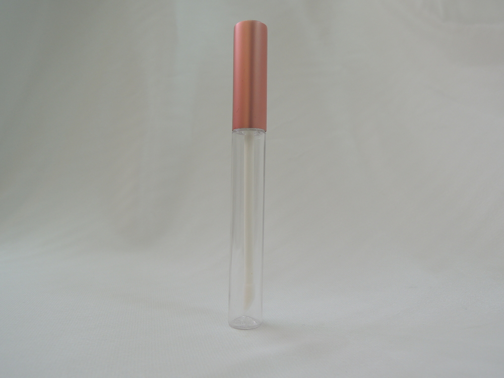 Hot sale easy use portable custom lip gloss containers