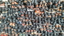 used recycling clothing/second hand shoes in italy