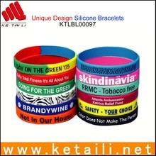 China Alibaba Wholesale OEM Design Silicone Bracelet Christian Silicone Bracelet Clock Silicone Bracelet Connector