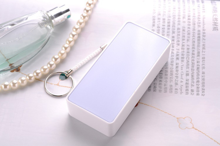 2016 Promotional Portable Power Bank with reasonable price For Retailer / Distributor