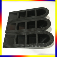 hot sale safety rubber car big door wedge stopper product