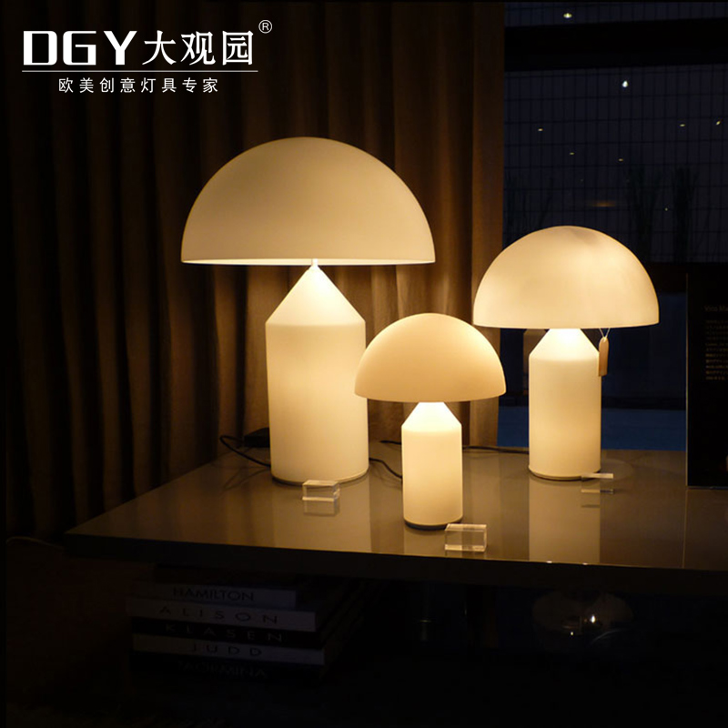 Portable small bed head led reading lamp Mushroom shaped christmas gifts modern table lamp
