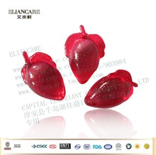 4g strawberry shaped shimmer scented bath oil beads