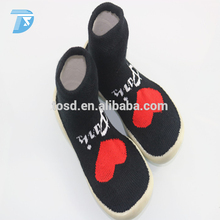 2017 newest baby socks non slip with rubber soles/sock shoes wrap for children
