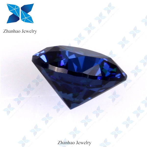 Round brilliant cut light ceylon blue sapphire for gemstone