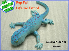 plastic lizard made in China hard toys and soft toys