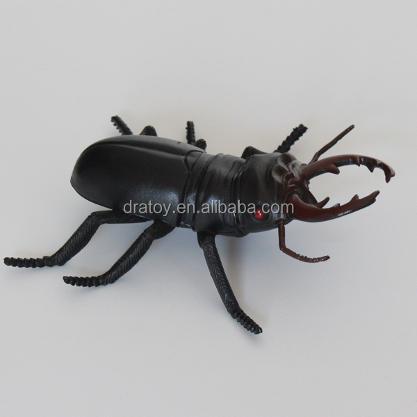 OEM eco-friendly promotion gift cute plastic simulation Beatles insect toys